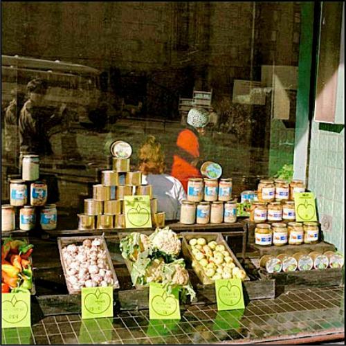 оформление продуктовых витрин, правила оформления витрины,  оформление витрины продуктового магазина, красивое оформление витрин